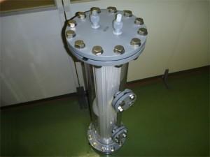 樹脂製熱交換器シェル&チューブ